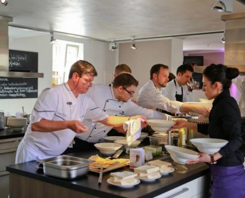 """Fotos der Kochkurse und Veranstaltungen in der Kochschule """"Tafelkunst"""""""